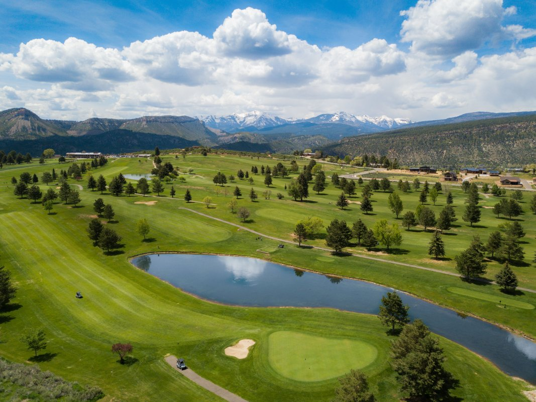 6 Keunggulan Bermain Golf Di Shadow Mountai di Kanada
